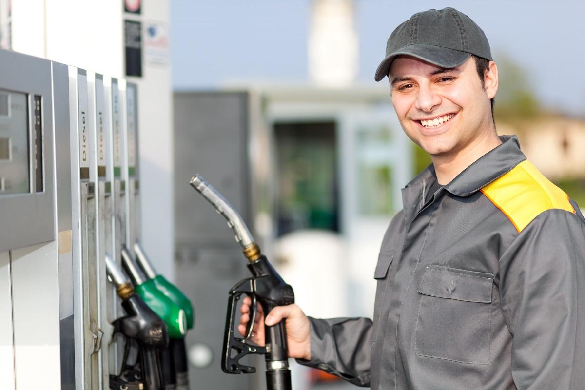 manutenção de veículos água e óleo