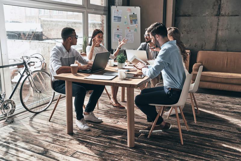 Reunião de planejamento financeiro empresarial