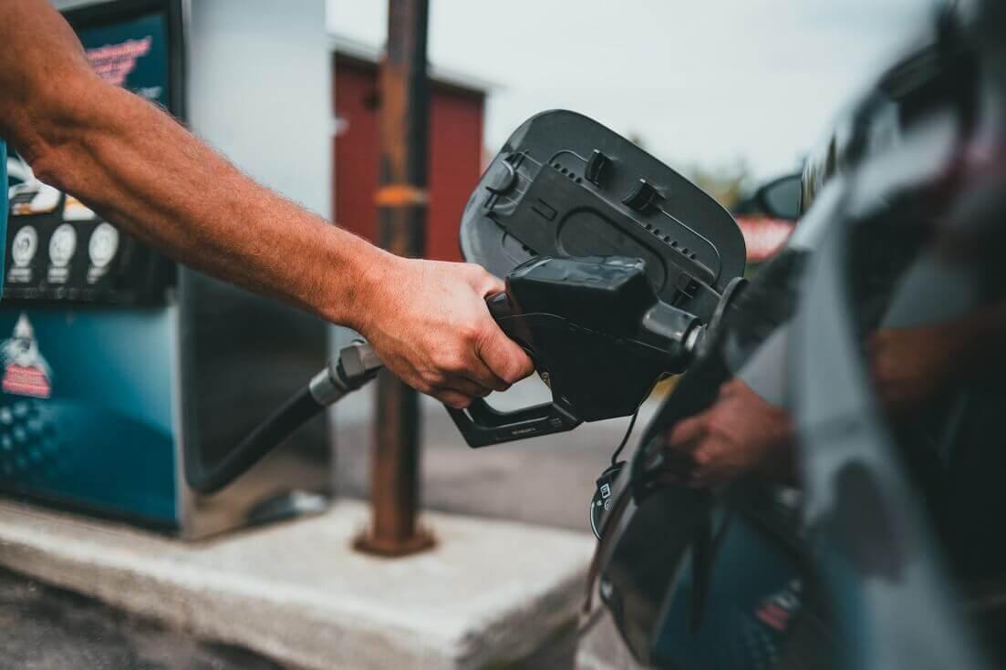Saiba como controlar o consumo de combustível